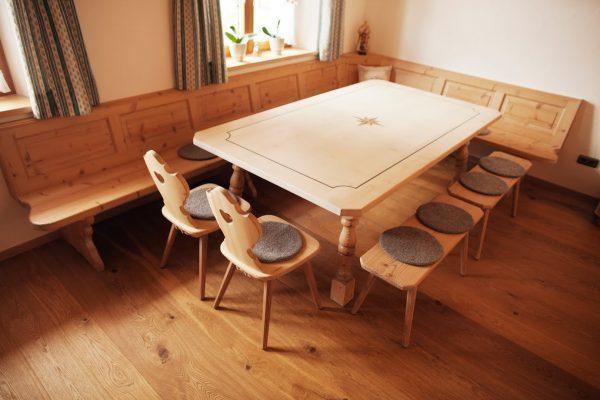 Wir Ermöglichen Ihnen Individuell Auf Sie Zugeschnitte Esszimmer U2013  Einrichtungen Nach Maß. Eine Optimale Kombination Aus Tischen Und Stühlen,  ...